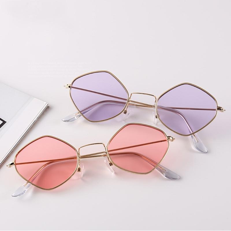 Солнцезащитные очки-ромбы с тонкой металлической оправой - 2