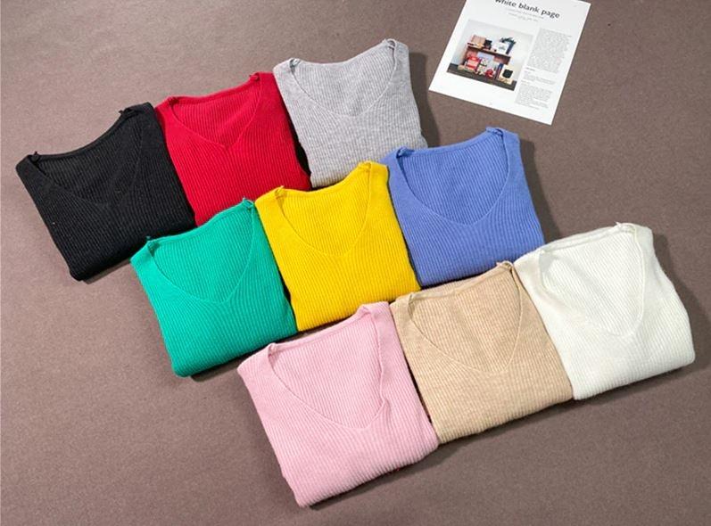 Женский трикотажный пуловер в рубчик (в наличии розовый, черный) - 1